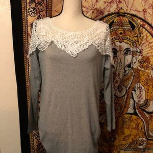 Sweet Storm Tops - SO PRETTY ❤️GRAY COTTON & CROCHET PULLOVER~NWT
